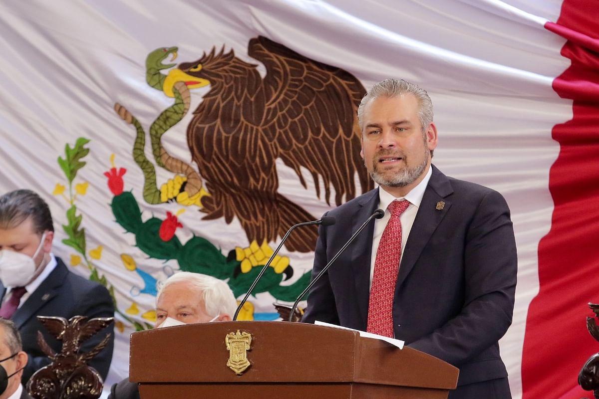 Reafirma Bedolla compromiso con el fortalecimiento de la UMSNH
