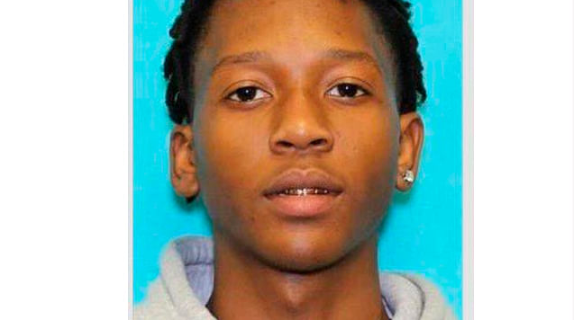 Detienen a sospechoso de tiroteo en secundaria de Texas