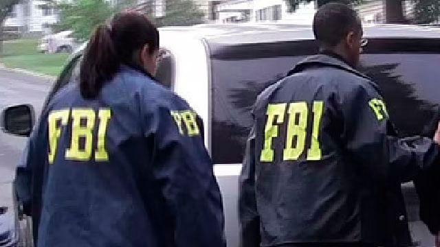 """Piden al FBI investigar """"linchamiento"""" de un mexicano colgado en un árbol"""