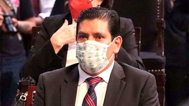 Apoya Ernesto Núñez, propuesta de nueva estructura de administración de Bedolla