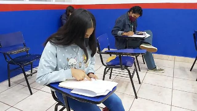 Michoacán, con mayoría de prepas y universidades públicas en clases presenciales