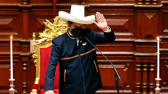Renuncia todo el gabinete del presidente de Perú, Pedro Castillo