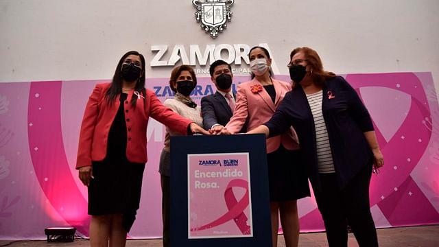 """Zamora inicia el """"Mes Rosa"""" para sensibilizar sobre el cáncer de mama"""