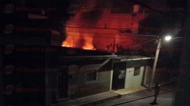 Michoacán: hombre de 70 años muere atrapado en incendio de su casa