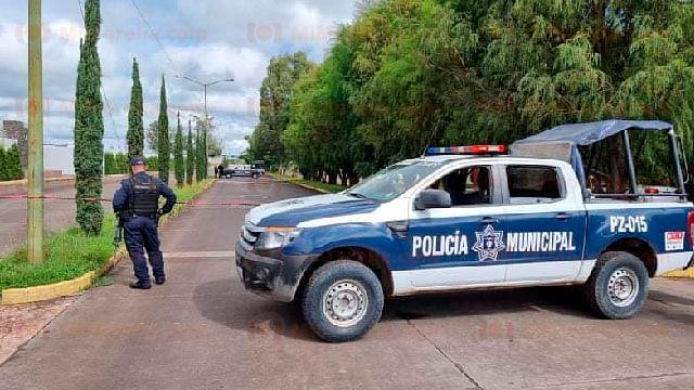 Atacan a balazos caseta de fraccionamiento y matan al guardia, en Zamora