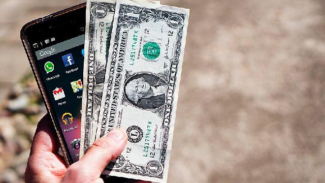 Profeco revela cuál es la mejor y peor opción para enviar dólares de EU a México
