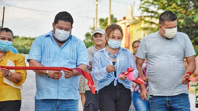 Ayuntamiento de Lázaro Cárdenas entrega obra en la Tenencia de Buenos Aires
