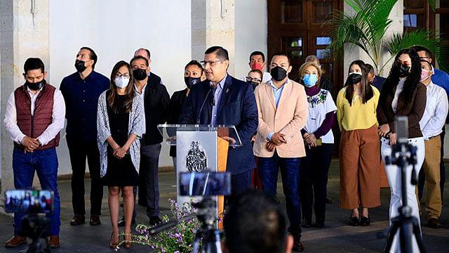 Nacho Campos presenta a directores de la administración de Uruapan 2021-2024