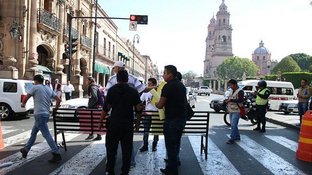 CUL bloquea avenida Madero