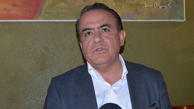 Urge Pascual Sigala a analizar reestructura de la deuda de Michoacán