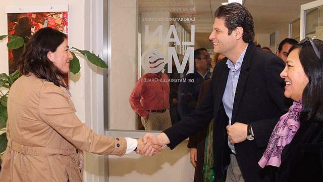 Alfonso Martínez estrecha relación con la UNAM campus Morelia