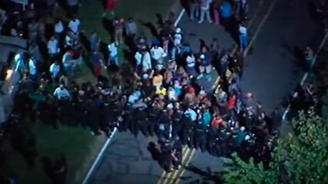 Video: Estallan protestas en Charlotte tras la muerte de un afroamericano