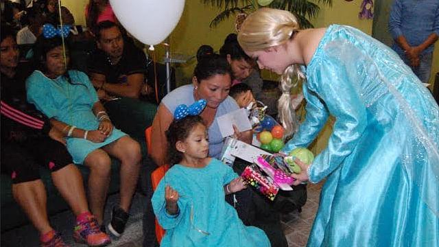 Festejó IMSS Michoacán a infantes hospitalizados en el Día del Niño