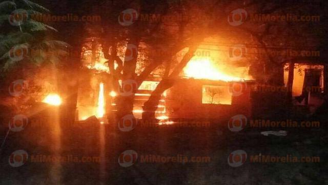 Mujer muere calcinada dentro de su vivienda, en Zihuatanejo