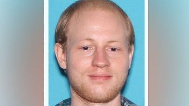 El homicida, de 27 años, viajó desde San Petersburgo, Florida, para el asesinato (Foto: @OrlandoPolice)