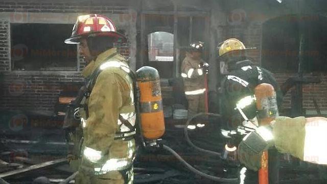 Arde carpintería en la comunidad de San Lorenzo