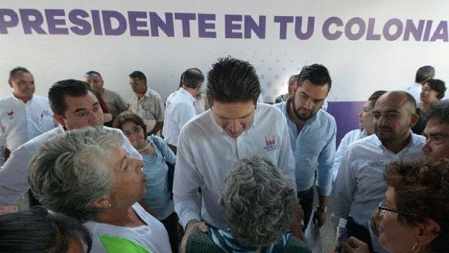Acerca Alfonso Martinez servicios municipales a la Mariano Escobedo