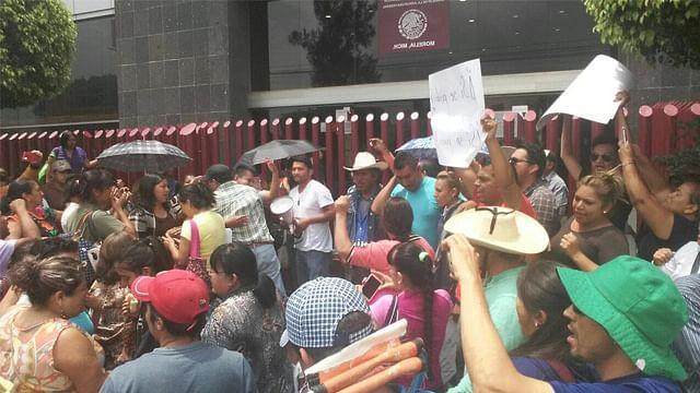 Liberan a integrantes de la CNTE detenidos por bloqueo en vías del tren de Morelia