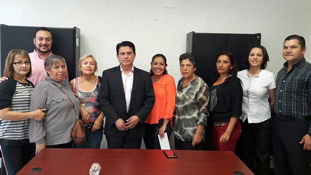 Entrega Sí Financia recursos a microempresarios