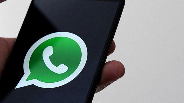 Te decimos cómo leer tus mensajes de WhatsApp en secreto