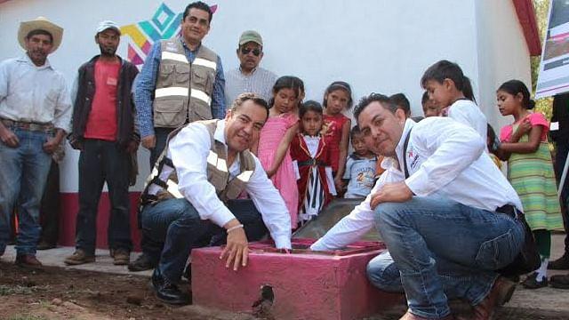Gobierno de Zitácuaro atiende necesidades básicas de comunidades rurales