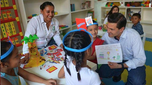 Enrique Peña inaugura Hospital Rural y Albergue Comunitario en San Luis Potosí