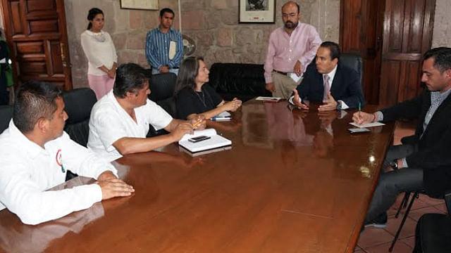 Sostienen autoridades municipales mesa de diálogo con líderes de organizaciones sociales