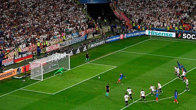 Antoine Griezmann derrotó al mejor portero en dos ocasiones (Foto: @UEFAEURO)