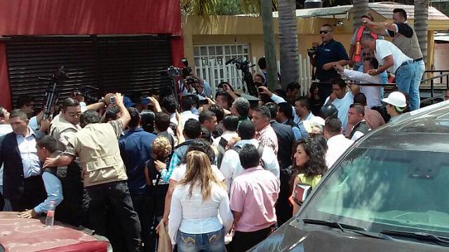 Aureoles Conejo les ofreció ser intermediario frente al Congreso de la Unión para analizar el tema de la Reforma Educativa (Foto: ACG)