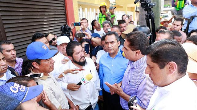 Gobernador de Michoacán dialoga con la CNTE en Uruapan