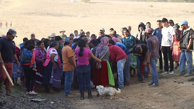 Conflicto comunal termina con 5 víctimas fatales y 7 policías heridos