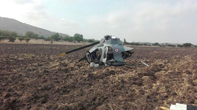 Helicóptero de la Fuerza Aérea se desploma en Huehuetoca
