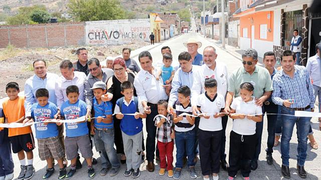 Inaugura gobernador obras por más de 6 mdp en Pajacuarán