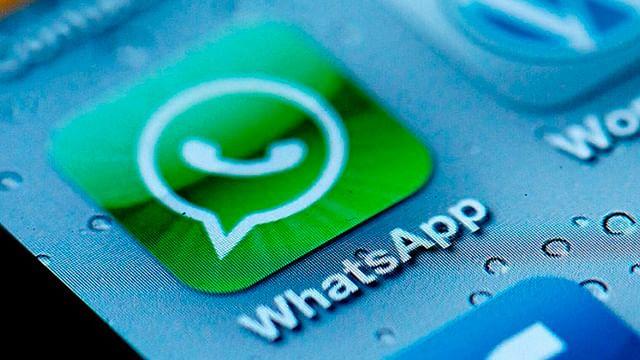 Siri ya puede leerte los mensajes de WhatsApp