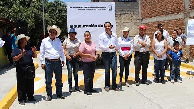 Entrega Carlos Herrera obras en San Juan Zitácuaro y Colonia Emiliano Zapata