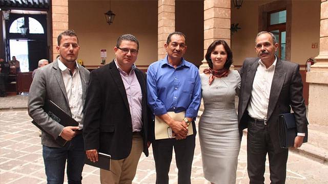 Dialoga diputada Macarena Chávez con migrantes michoacanos en el congreso