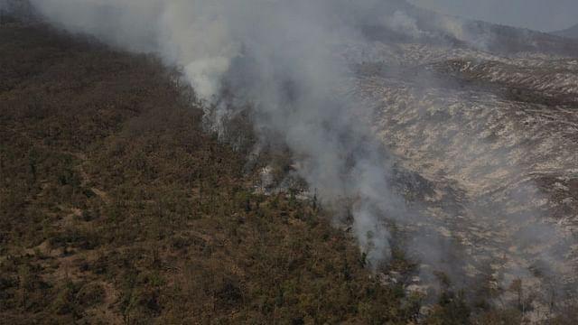 Ubicados, responsables de incendio en cerro de Zacapu