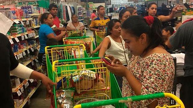 Registra Quintana Roo compras de pánico por entrada de huracán