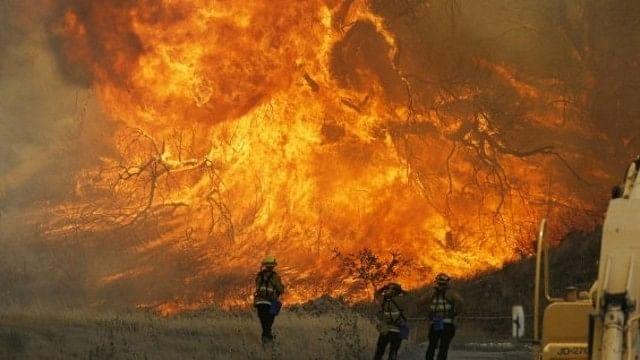 Incendios en California dejan 10 muertos