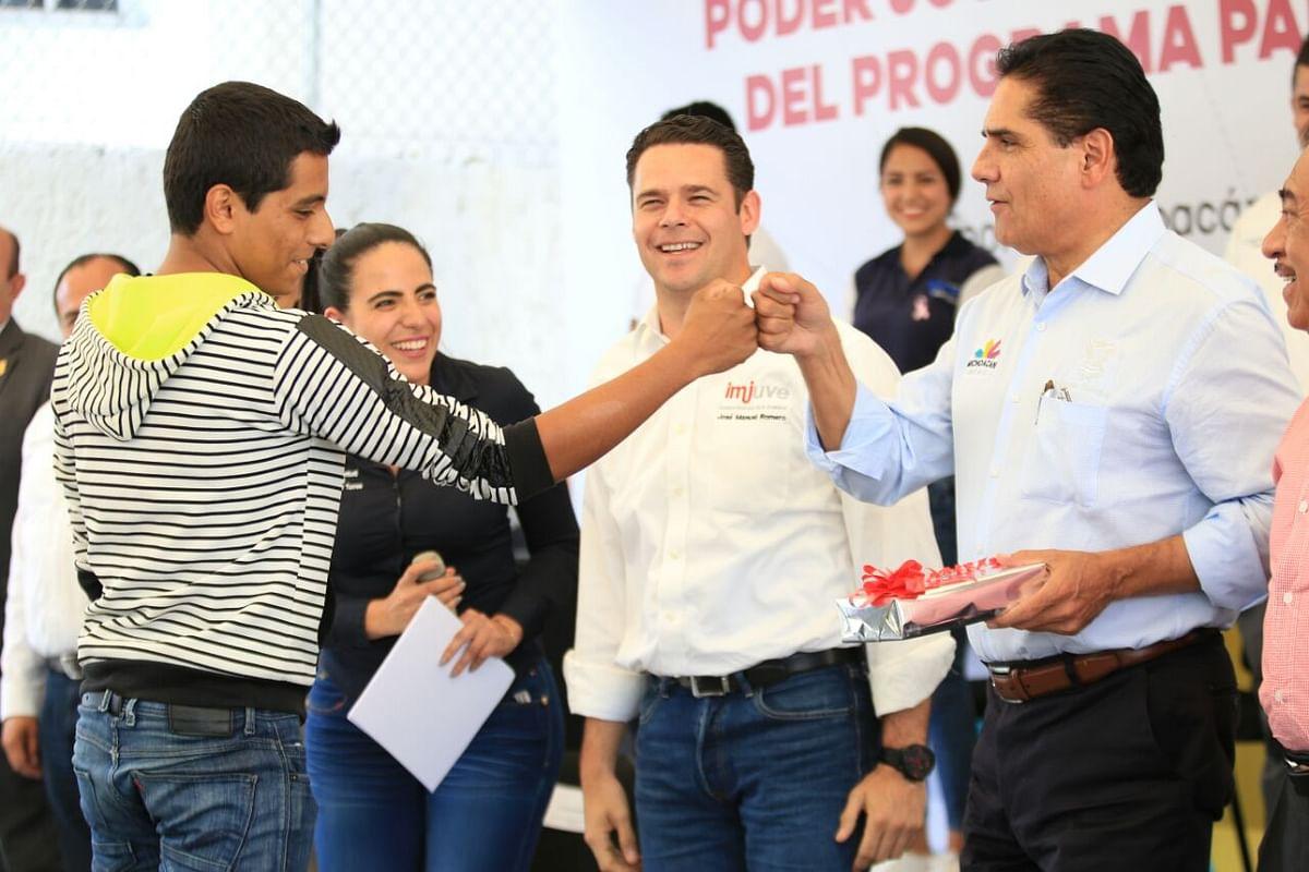 Conjugan acciones estado y federación en beneficio de jóvenes y mujeres de Michoacán