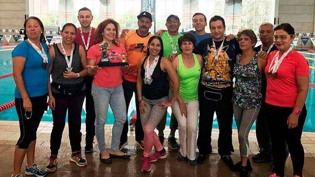 Ranas-IMDE refrenda triunfo en el Grand Prix de Natación Masters en Guanajuato