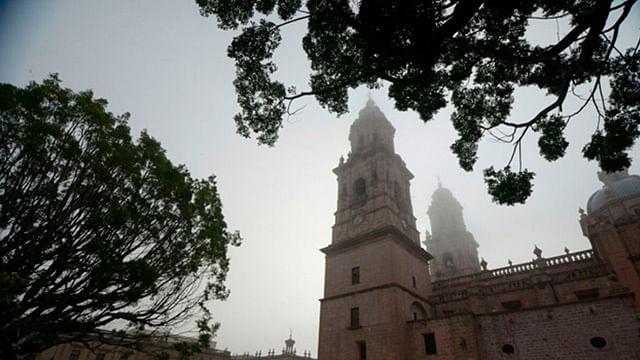 Cielo mayormente nublado en Morelia