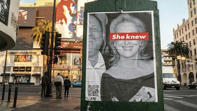 """Surgen carteles contra Meryl Streep: """"Ella lo sabía"""""""