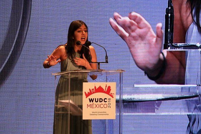 """Premian a egresada del """"Tec"""" como mejor oradora en campeonato mundial de debate"""