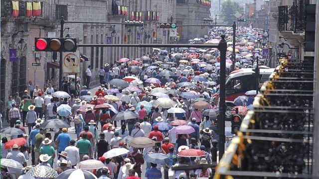 Marcha de CNTE deja pérdidas de hasta 3 mdp en negocios del Centro Histórico: Covechi