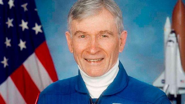 Muere astronauta que viajó seis veces al espacio