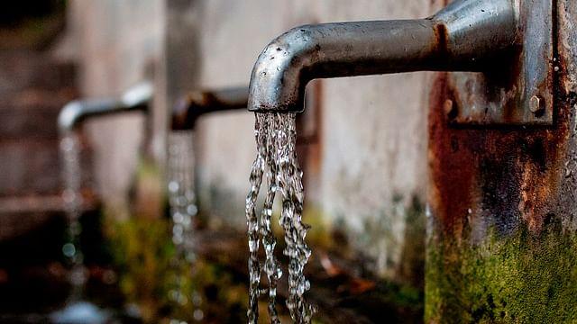 Sin acceso regular a agua potable, millón y medio de capitalinos: UNAM