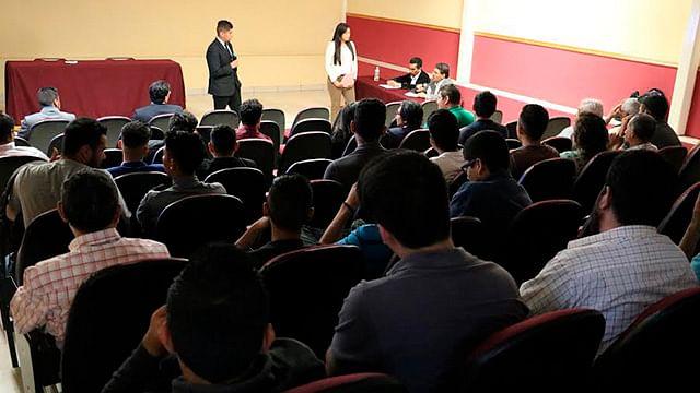 Estudiantes del ITM presentan ponencias a especialistas