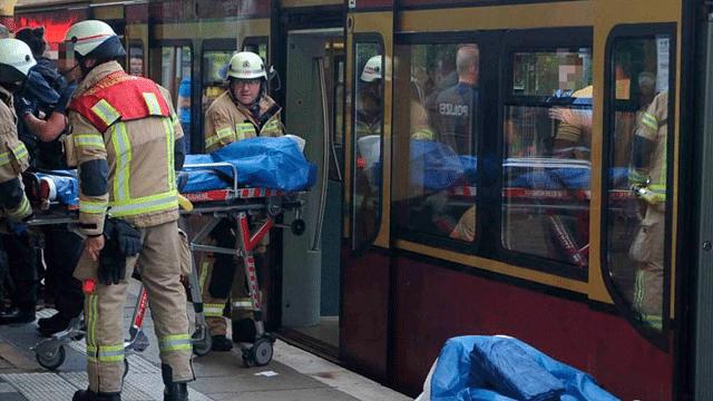 Apuñalan a dos turistas mexicanos en tren de Berlín