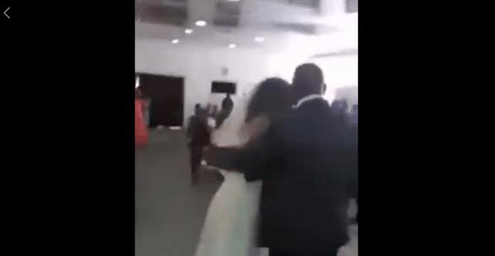 Amante llega vestida de novia a boda y se hace viral
